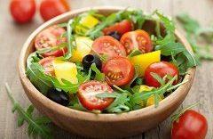 Jaga Kesehatan Kulit Dengan 5 Jenis Makanan Ini