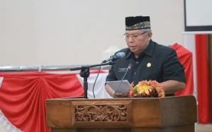 BUPATI SAMPAIKAN NOTA KEUANGAN DAN RAPERDA PERUBAHAN APBD TAHUN 2017