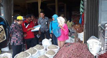 Jelang Tahun Baru 2019, Tim Satgas Pangan Sidak Harga Sembako di Pasar.