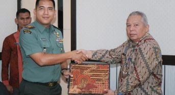 BUPATI TANDATANGANI MOU KARYA BHAKTI TNI 2019