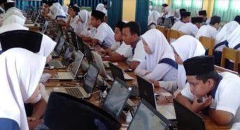 MULAI HARI INI, SEBANYAK 4.915 SISWA SMP/MTS DI TANJAB BARAT IKUTI UNBK
